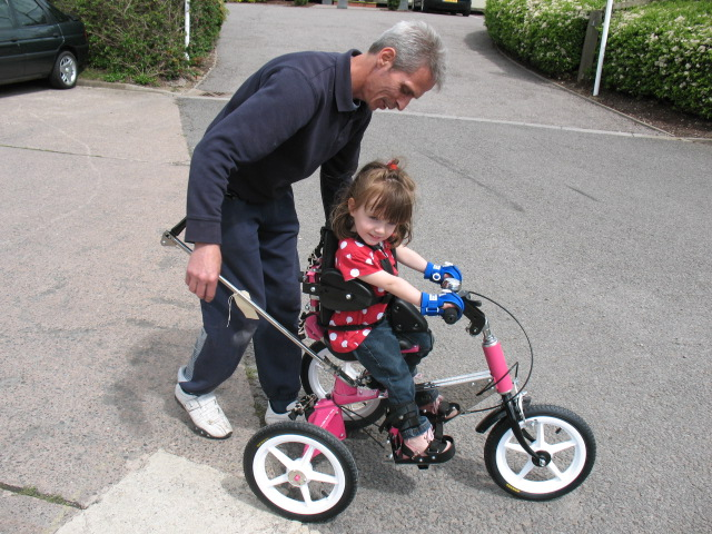 Mini grip aids can be used with trikes
