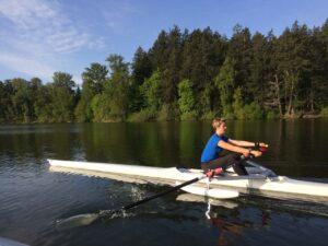 Veronique rowing 2 sm